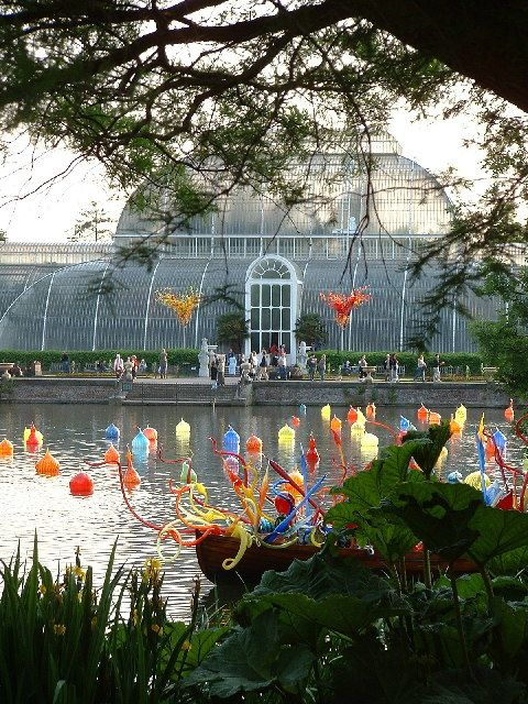 188 Best Chihuly Art Glass Floats Water Installations Images On Pinterest Dale Chihuly