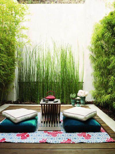 patio japones minimalista con bambu