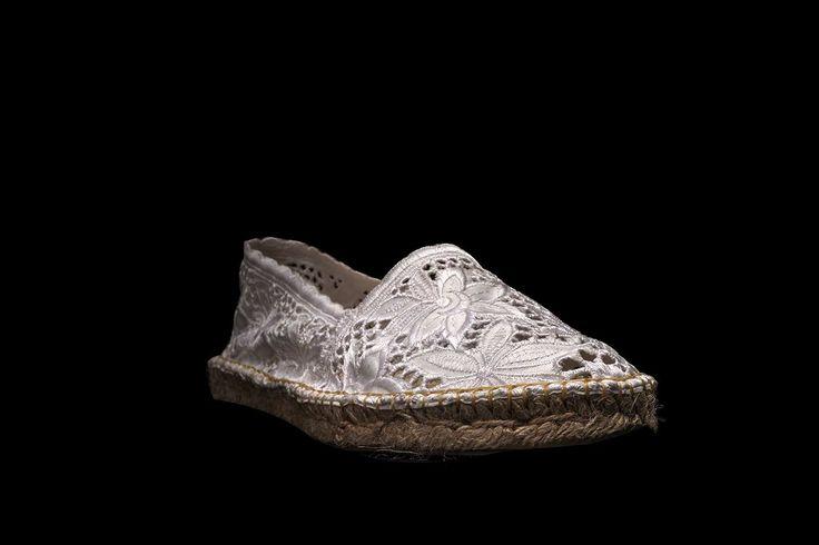 El conocido fotógrafo de moda y publicidad, retrata la nueva colección 2014 de NIUX #niux #alpargatas # espadrilles #niuxstyle #colección2014 #nuevacolección