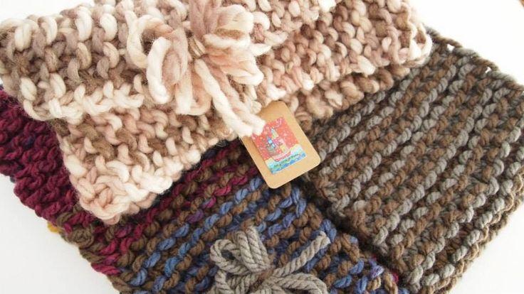 LAS COSITAS DE PILUCA: COLLS artesaniatotcat.blogspot.com #EtsTelaArtesaniaTotcat  Las cositas de Piluca Mis nuevos cuellos ya terminados y disponibles para este otoño invierno 2014. Tejidos a mano con lanas noruegas Artesania-Totcat