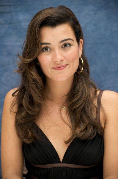 cote de pablo from ncis. Man she is pretty! But I love the character she plays.