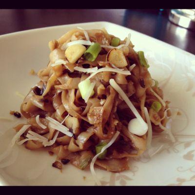 Pan-seared Garlic Noodles