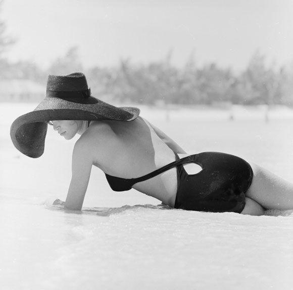 Nassau, Bahamas, 1970, by Patrick LichfieldPhotos, Vintage Swimsuits, 1970, Style, Vintage Bath Suits, Slim Aaron, Patricks Lichfield, Nassau Bahamas, Sun Hats