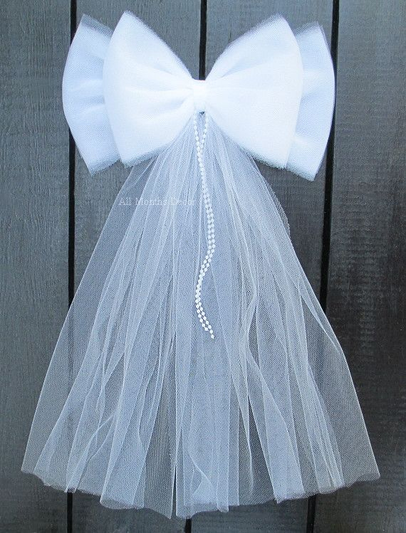 Tulle Bow with Pearls