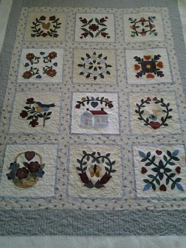 This beatiful quilt was made by Henrietta from a bom project. Anne Salvesen quilted it.