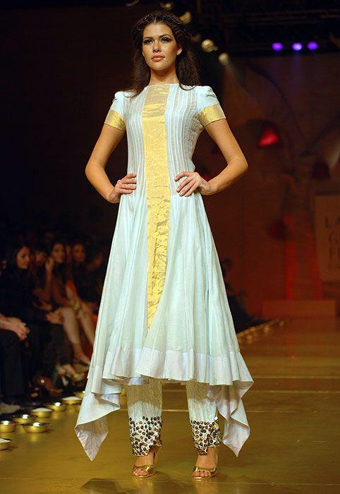 17 Best images about kurta style ideas on Pinterest ... Sabyasachi Kurtis