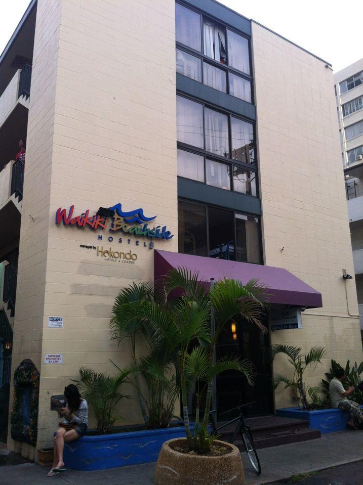 Waikiki Beachside Hostel in Honolulu, HI