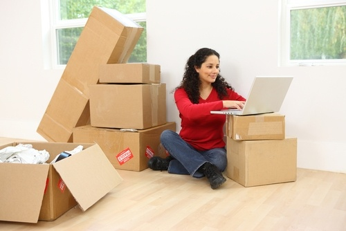 Cheap Moving Ideas: Moving Day  Enlisting the help of family and friends for moving day is a wise and cheap moving idea. Although if no friends are available you can hire movers to load your rental truck. Two movers will do all the heavy lifting within 2 hours for $100. www.movinghelpcenter.com