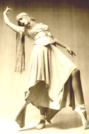 """Rare Ballet Photo - stevie-nicks Photo. """"Please click photo to save the blogger. I'm doing some major cleaning to my boards. With over 400 boards and been on here since the beginning of Pinterest. I've accumulated a lot of stuff and some are bad links. So please don't follow or like, just go to source till I'm finished. Thank you."""" Quote by Blonde in Pic."""