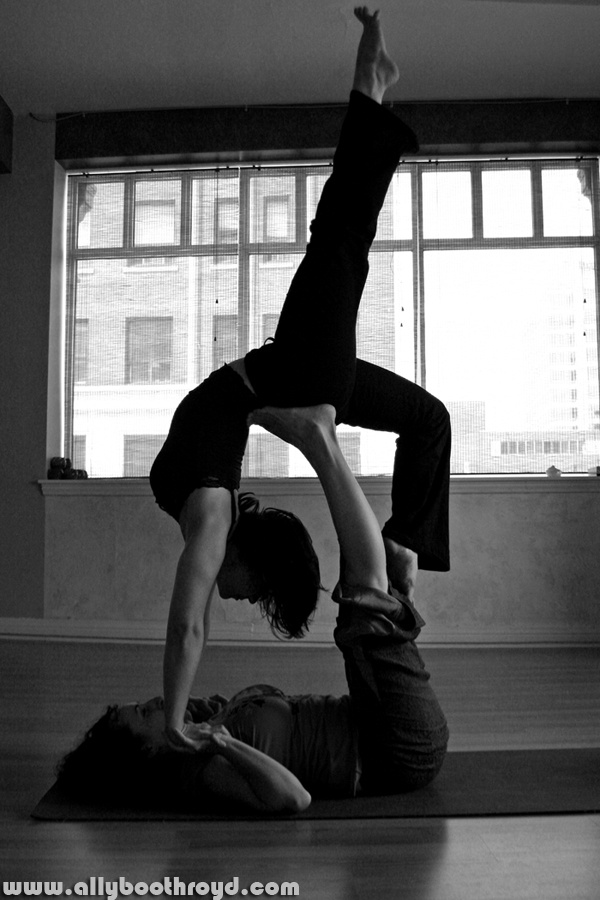 partners yoga - allyboothroyd photography
