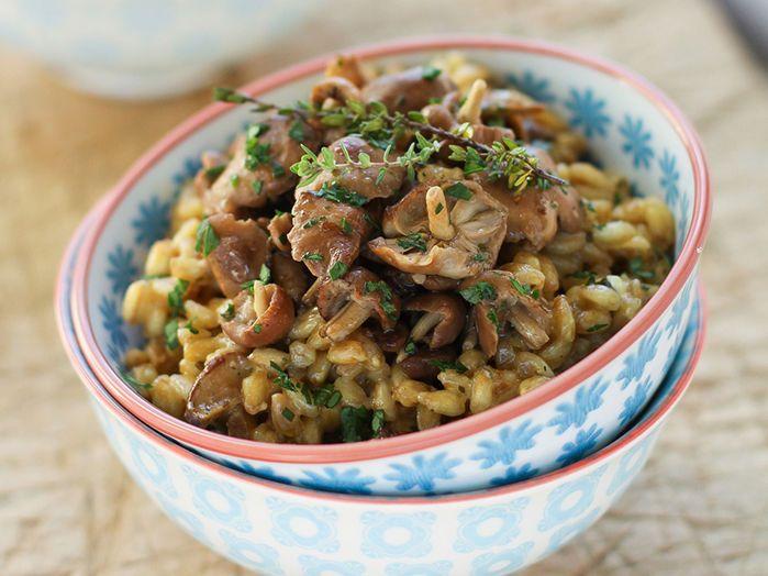 Découvrez la recette Risotto d'épeautre aux champignons des bois sur cuisineactuelle.fr.
