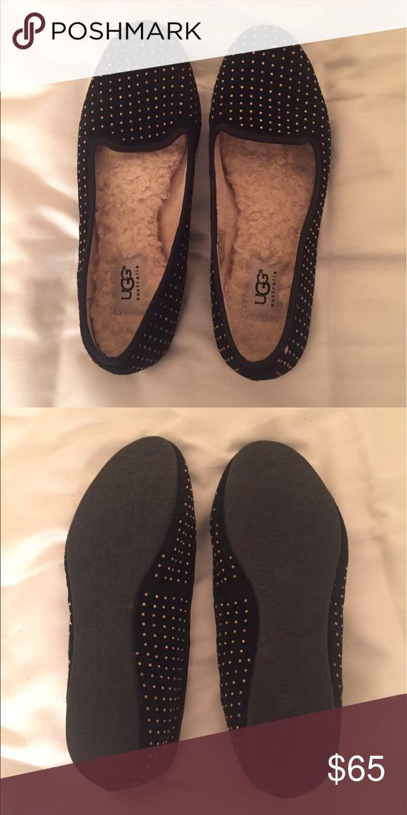 UGG Sheepskin Slipper Flats Like New UGG Alloway flats. Selling bc they're just a little too snug for me. Great for around the house and fall/winter months for some extra warmth UGG Shoes Flats & Loafers