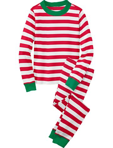 10-christmas-pajamas:
