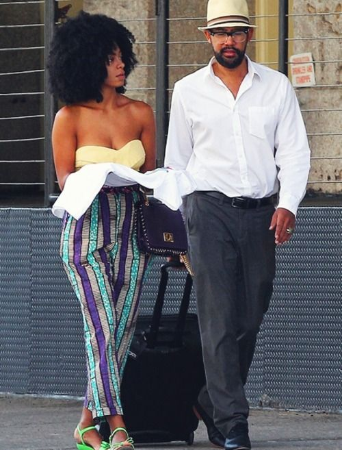 """Solange Is """"Happily Committed"""" to Boyfriend, Can't Live Without Sex + Believes in Flats"""