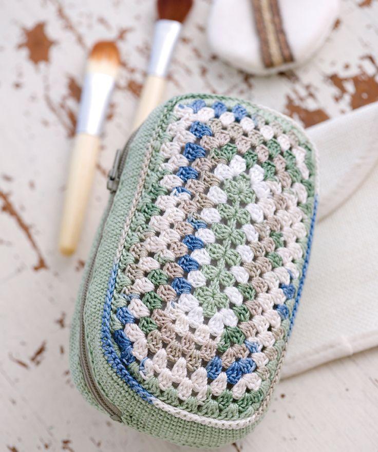 Make Up Bag ~ free crochet granny pattern