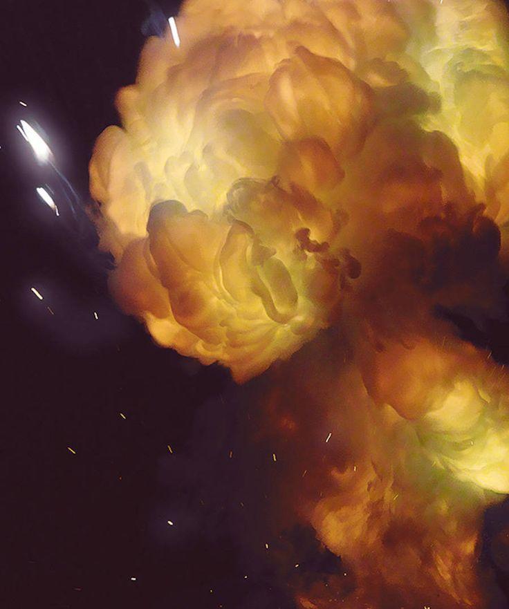 Magical Smoke and Spark Photography – Fubiz Media