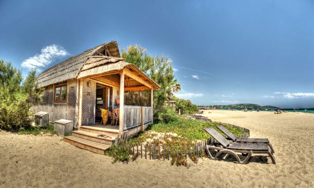 Campsites and seaside cabins along the coast of France provide access to beautiful beaches, great views and have budget prices ideal for family breaks