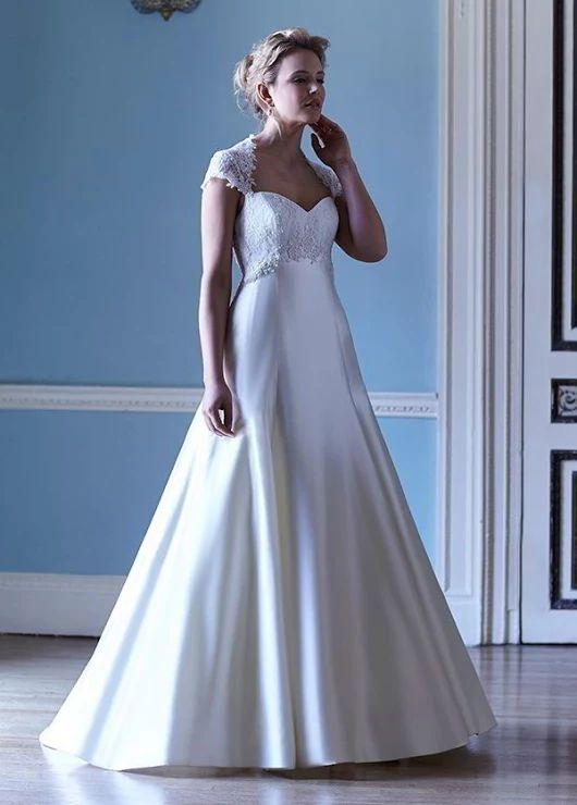 43 best My favourite designer wedding dresses images on Pinterest ...