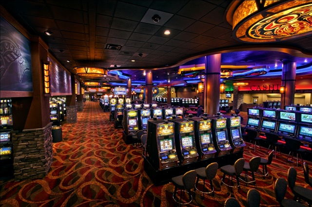 This is the overall gaming floor area in the recently upgraded Little Creek Casino located in Shelton, Washington. I-5 Design and Manufacture designed, manufactured and installed this new décor package that included a curving soffit overhead with blu fantastic