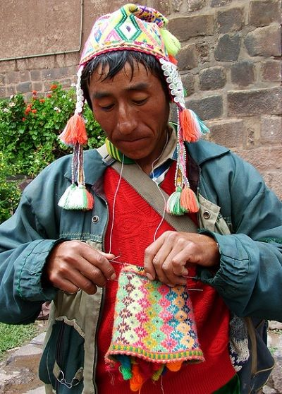 Hebras Flotantes alrededor del mundo http://btsadventures.com/for-knitters/
