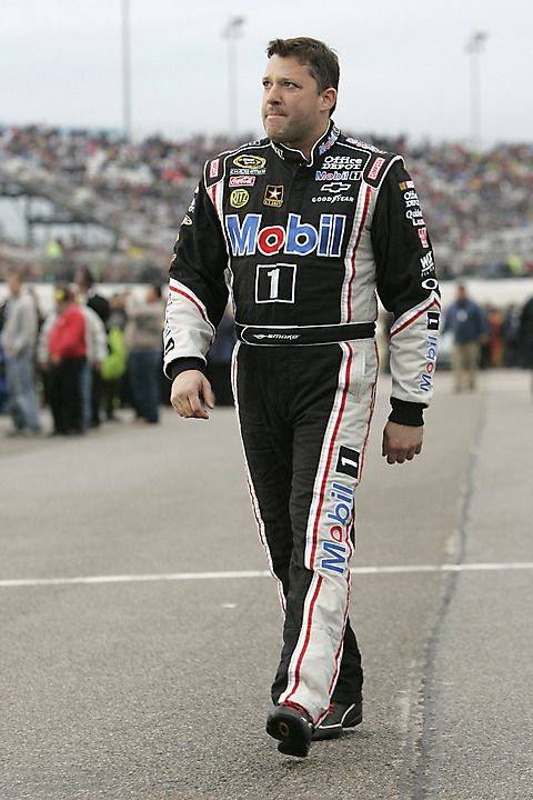 Tony Stewart, driver of the #14 Chevrolet, and 3 time Nascar Sprint Cup champion broke his right leg in a crash during a Sprint Car race on August 5, and will miss at least the August 11 Sprint Cup race at Watkins Glen International road course.