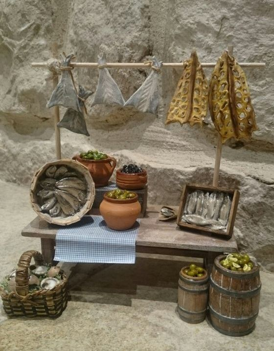 Foro de Belenismo - Miniaturas, detalles y complementos -> parada de salazones y mesa para el belén