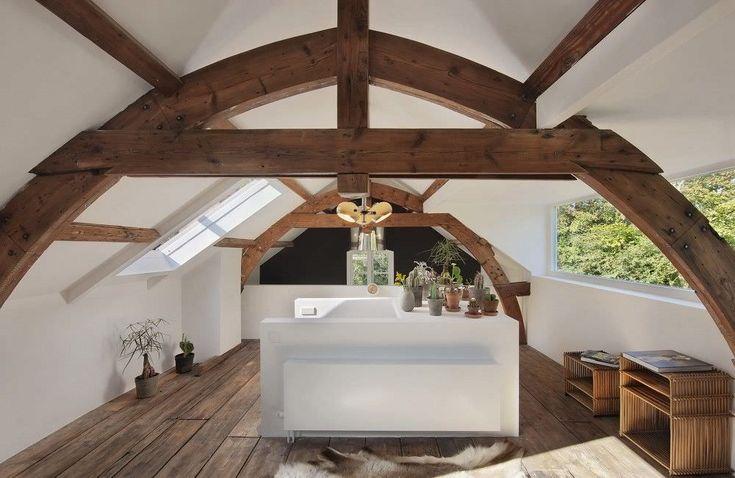Çatıda harika tavan arası modeli ve oldukça kullanışlı banyo dekorasyonu planı