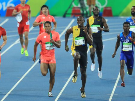<五輪陸上>男子400メートルリレー 日本が銀メダル