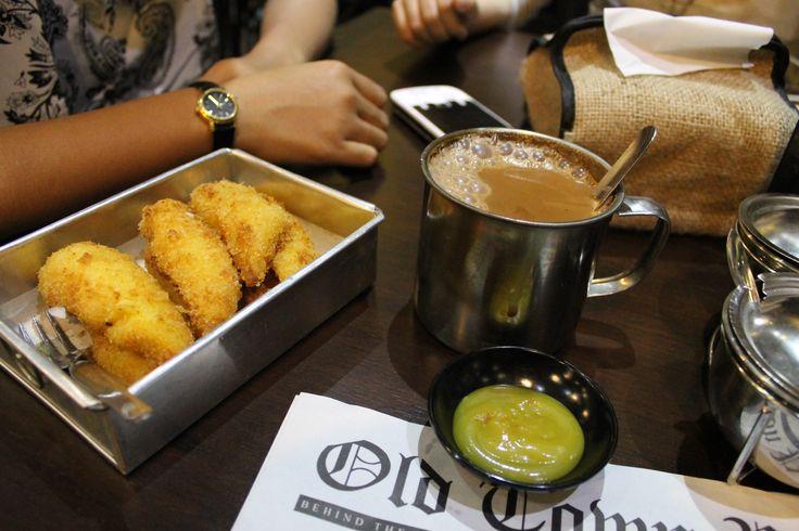thai coffe and banana slice, perfect couplee mumumu :))