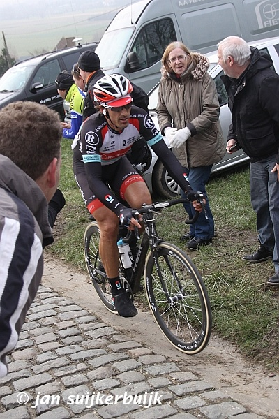 Fabian Cancellara op de Paterberg tijdens de E-3 Prijs Harelbeke 2013