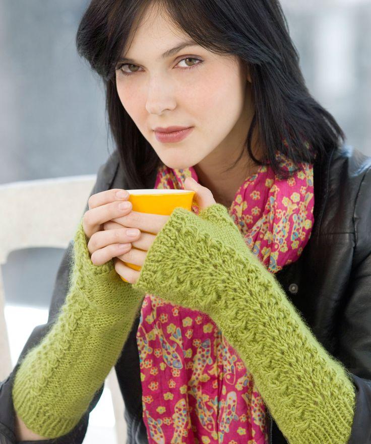The 19 best images about Knit Fingerless Mitt/Gloves on Pinterest ...