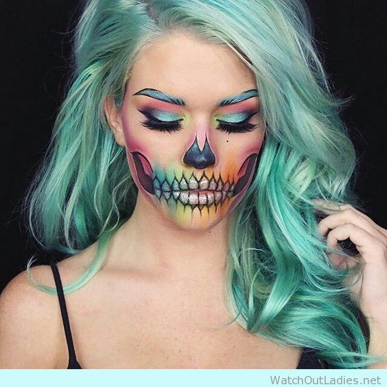 Amazing cool skull make up for halloween