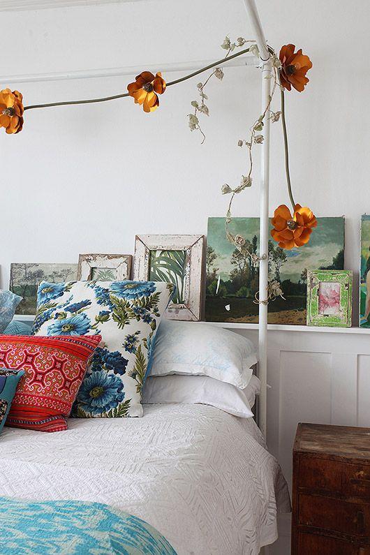 cheerful bedding and decor via light locations london. / sfgirlbybay