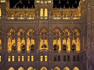 Things to do in Vienna on new year's eve, concerts, fireworks and parties http://www.newyearsevelive.net/cities/vienna.html #Vienna #NewYearsEve #opera