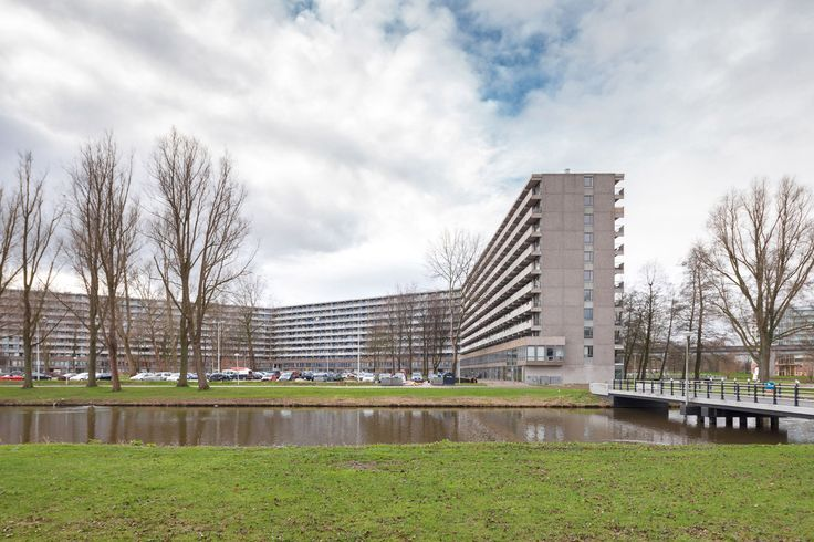 hMies van der Rohe Award 2017 goes to NL Architects and XVW Architectuur for revamp of 1960s slab block