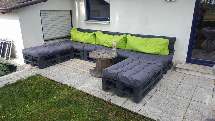 Wetterfeste-Gartenlounge-Gartensofa aus 13 Europaletten-mit passenden Ppalettenkissen selber bauen