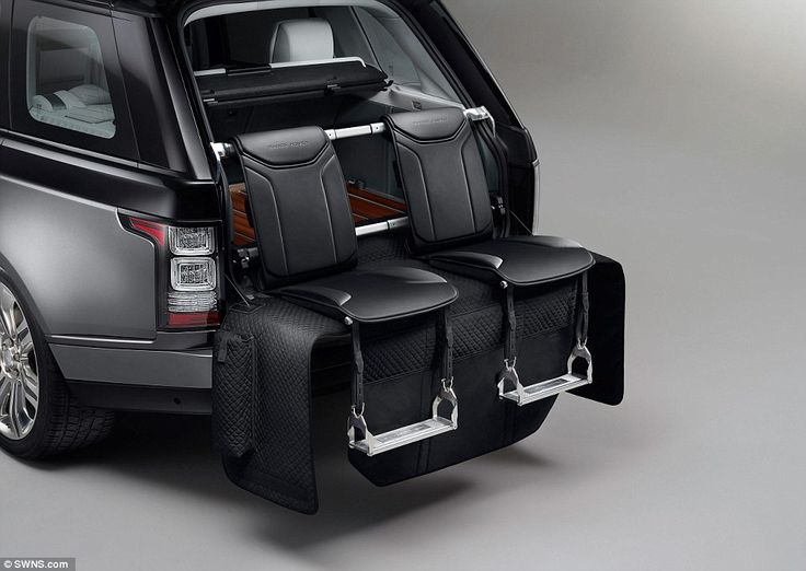 Range Rover SVAutobiography: Stowed in the boot and hand-crafted from Windsor leather, two seats can be deployed to provide comfortable chairs on the tailgate