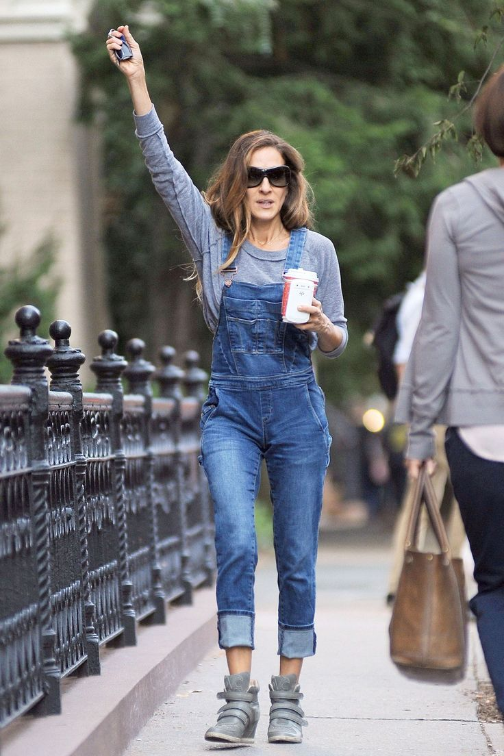 Urgh. Still so amazing and she's in dungarees!! .. May make some myself make them yourself http://www.offsetwarehouse.com/dark-blue-denim-2293.html