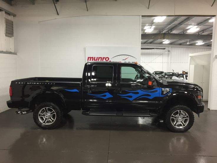 Super Duty Harley Davidson Turbo Diesel Lariat. Loaded with leather heated and cooled seats, Navigation, Microsoft Sync with Bluetooth, power sunroof, LIFTED suspension, Billet Grille with Harley front logo.  Click through for more info, or check us out at munromotors.com!