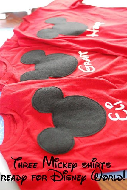 Homemade Disney shirts! I'm totally doing this when I have kids and we go to Disneyland :)