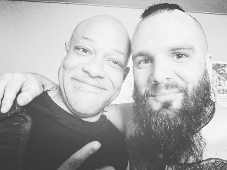 "Jesse Leach and Ex-Killswitch Engage Singer Howard Jones Hang Out ""as Friends""  
