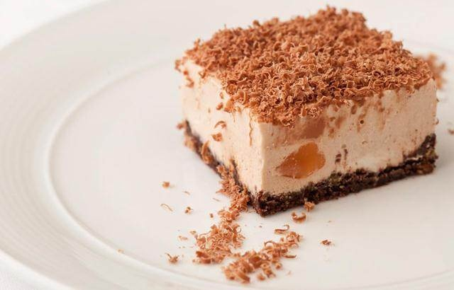 This scrumptious Turkish delight cheesecake recipe is from legendary chef Marcus Wareing. It proves how brilliant a Turkish Delight cheesecake can be