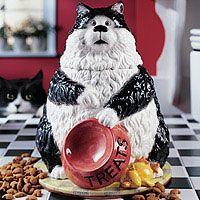 """Ангус Cookie / Лечить Джар Изготовленные после реальной жизни Ангус, эта кошка терпеливо """"намеки"""" на угощения. Наша куки / лечения горшок проведет лечит вашей кошки или куки. 10.5 """"H ручной росписью смолы"""