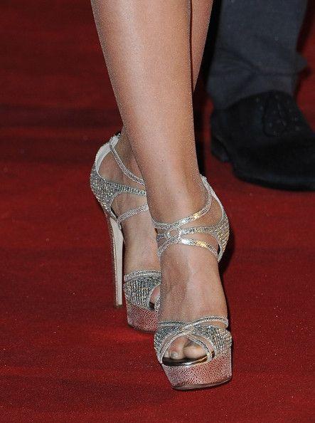 Shakira Photos - Shakira poses as she arrives at NRJ Music Awards 2012 at Palais des Festivals on January 28, 2012 in Cannes, France. - NRJ Music Awards 2012 - Red Carpet Arrivals