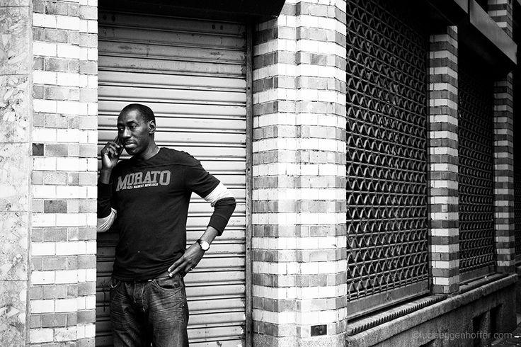 Public Privacy | Amsterdam, Netherlands | © lucia eggenhoffer #streetphotography #blackandwhite