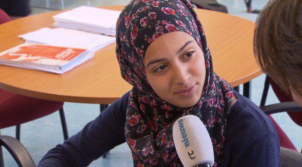 Zwoegen op zomerschool: 'Ik moet wel, als ik over wil gaan' - RTL Nieuws