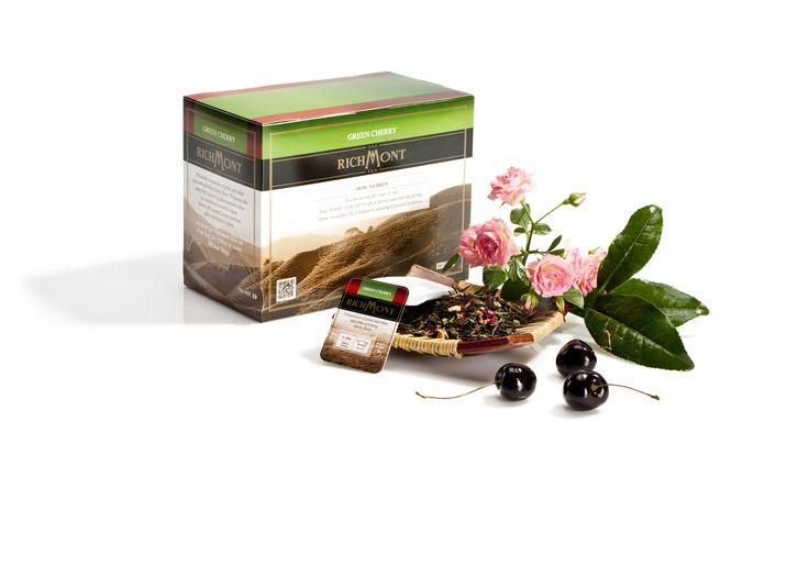 Herbata Richmont Green Cherry Połączenie smaku wiśni z herbatami zielonymi i białą herbatą Mao Feng