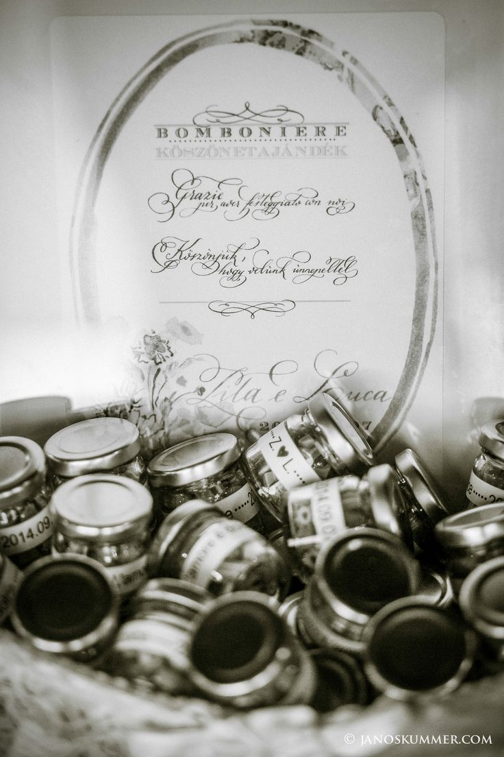 bomboniere, wedding presents Calligraphy by @fanaticcalli  Candies by @Cukorka