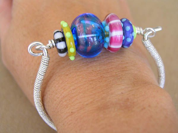the glass beadle great lamp work bracelet by cassie donlen
