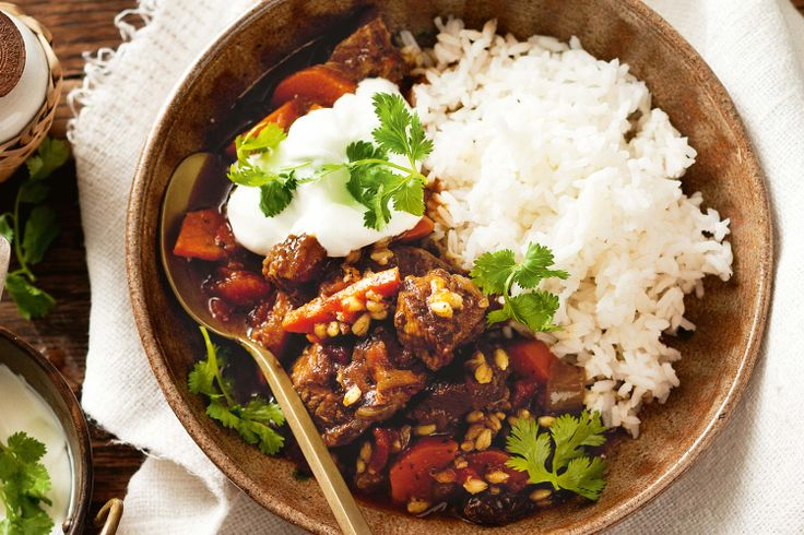 Hearty and filling, yet low in fat, this Moroccan stew is the perfect family meal. #stew #slowcook